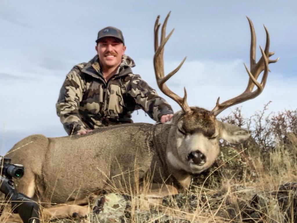Hammer 'Em Outfitters Montana Hunting - 2019 Deer 1